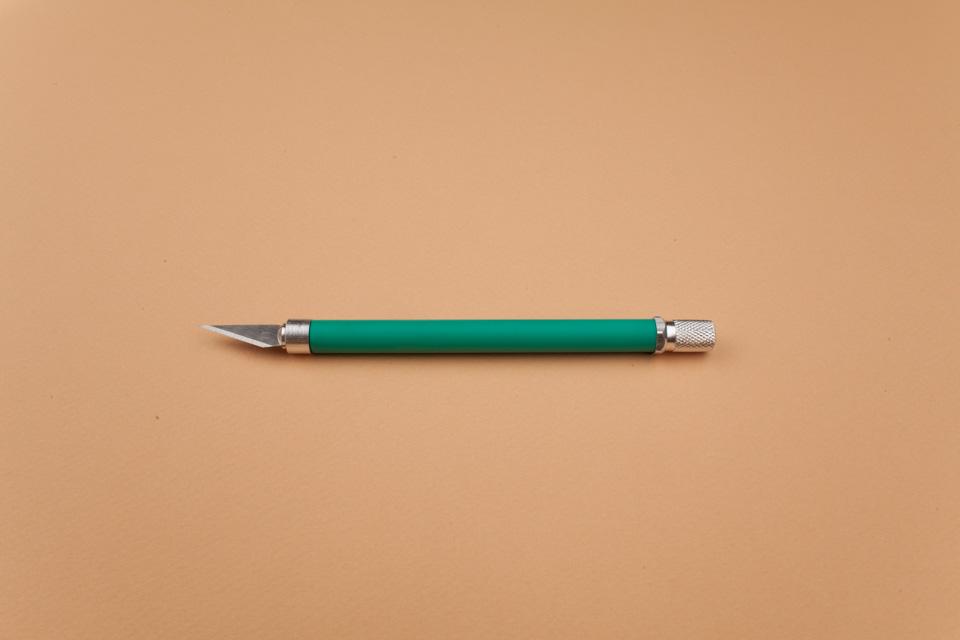 15—Precision Knife