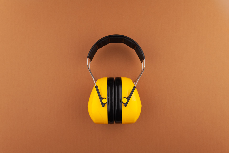 30—Hearing Protection Earmuff